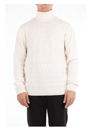 Beard sweater with high collar in white color