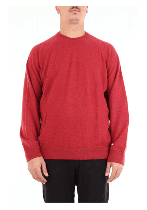 Red beard crew neck sweater with long sleeves