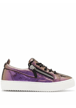 GIUSEPPE ZANOTTI DESIGN WOMEN'S RW00017006 PURPLE LEATHER SNEAKERS