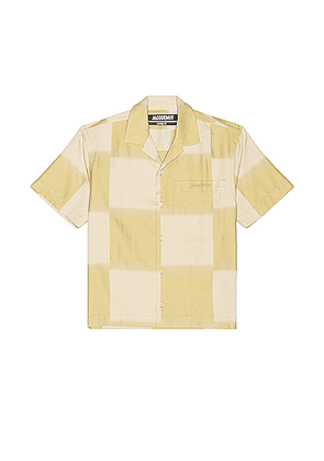 JACQUEMUS Jean Short Sleeve Button Down in Khaki Squares - Green,Plaid. Size 46 (also in ).