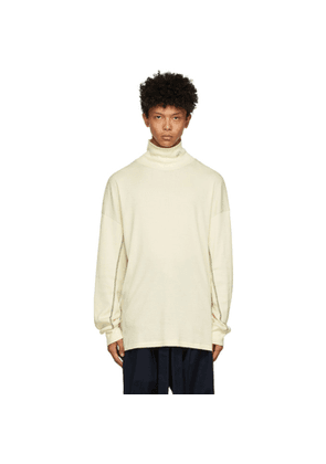 BED J.W. FORD Off-White Ribbed Turtleneck