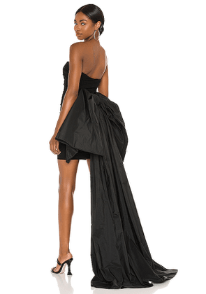 Cinq a Sept Zoe Gown in Black. Size 00,2.