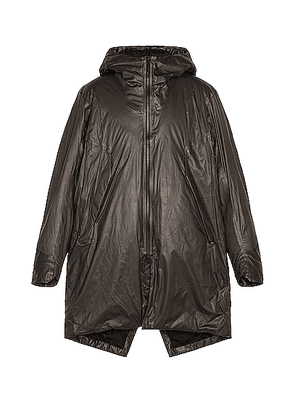 Veilance Monitor IS SL Coat in Black - Gray. Size L (also in S).