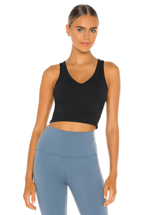 Beyond Yoga Go To Cropped Tank in Black. Size S,M,L.