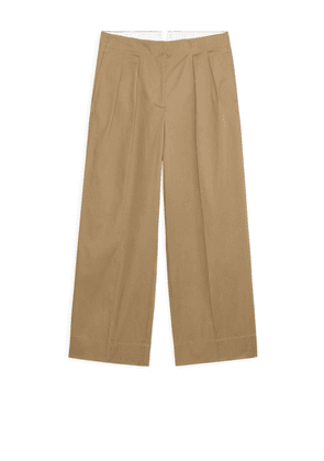 Wide Pleated Trousers - Beige
