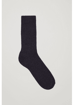 RIBBED WOOL-CASHMERE SOCKS