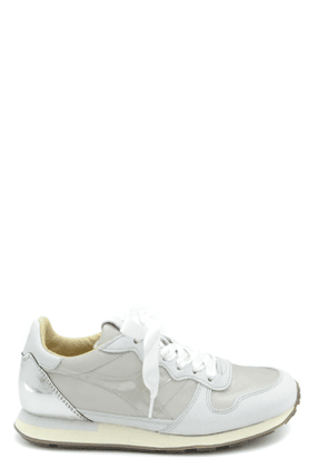 Diadora Trainers in Cream