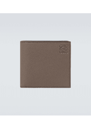 Bifold grained leather wallet