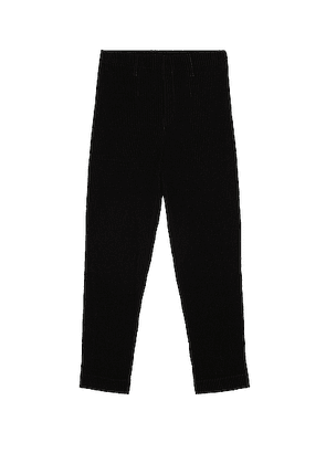 Homme Plisse Issey Miyake Tuxedo Pleats Tapered Pant in Black - Black. Size 2 (also in 3).