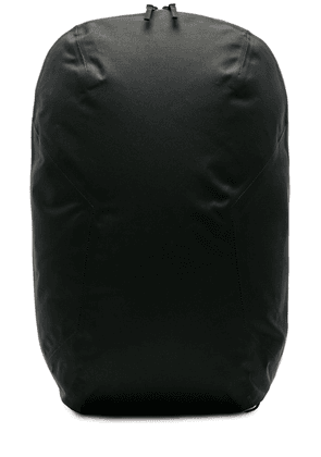 Veilance Nomin Pack in Black - Black. Size all.