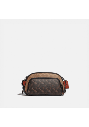 Hitch Belt Bag In Signature Canvas With Horse And Carriage Print in Brown/Black