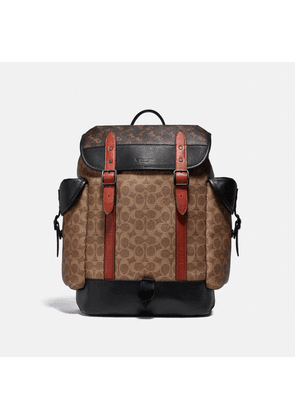 Hitch Backpack In Signature Canvas With Horse And Carriage Print in Beige/Brown