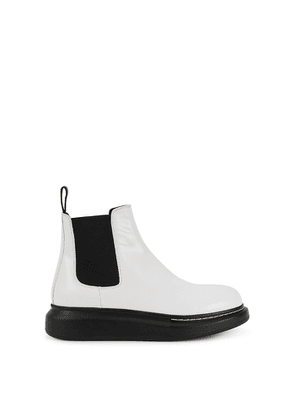 Alexander McQueen 40 White Rubber Chelsea Boots