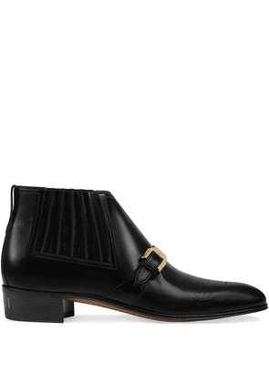 Gucci leather ankle boot with G brogue - Black