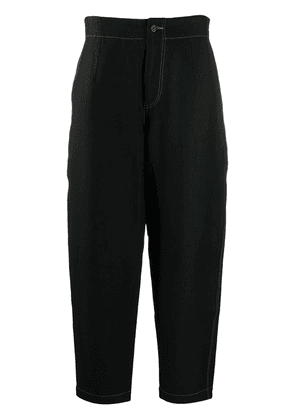 Uma Wang tapered contrast-stitch trousers - Black