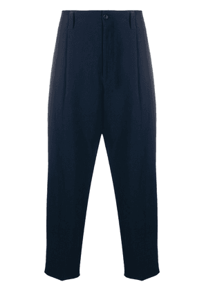 Issey Miyake pleat-front loose trousers - Blue