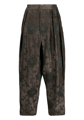 Uma Wang dropped crotch tapered trousers - Brown