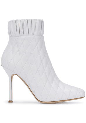 Chloe Gosselin quilted ankle boots - White