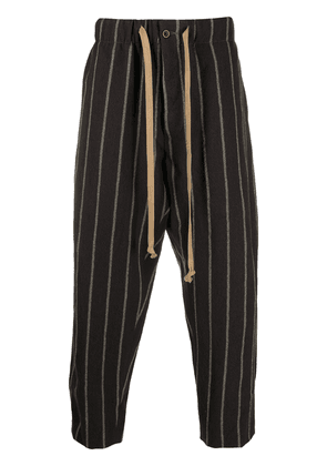 Uma Wang striped cropped trousers - Brown