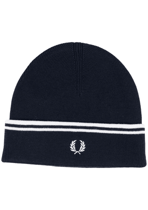 Fred Perry logo knitted beanie hat - Blue