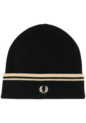 Fred Perry knitted beanie hat - 157 BLACK/CHAMPAGNE