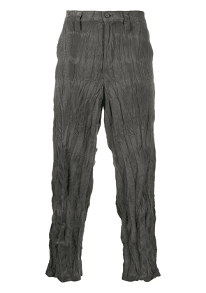 Issey Miyake wrinkled-effect trousers - Grey