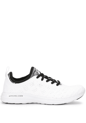 APL: ATHLETIC PROPULSION LABS TechLoom Phantom knitted sneakers - White