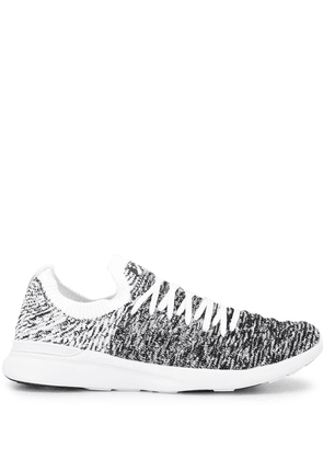 APL: ATHLETIC PROPULSION LABS TechLoom Wave knitted sneakers - Black