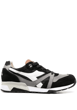 Diadora panelled low sneakers - Black