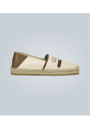 Canvas espadrilles with logo