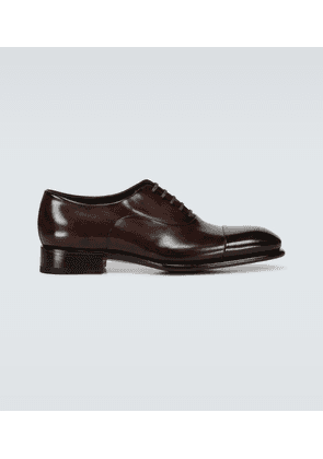 Classic Oxford leather shoes