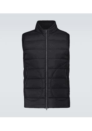 Il down-filled gilet