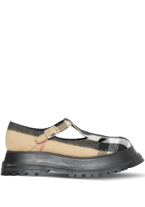 Burberry check T-bar shoes - Brown