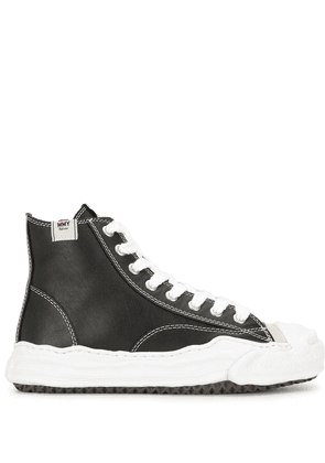 Maison Mihara Yasuhiro high-top lace-up sneakers - Black