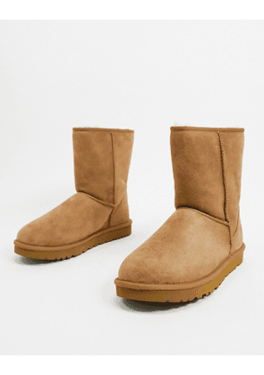 UGG classic short boots in tan