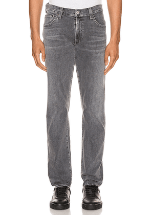 Citizens of Humanity Bowery Standard Slim Jean. Size 30, 34.