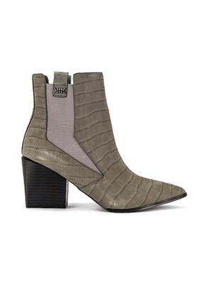 KENDALL + KYLIE Finigan Croco Embossed Bootie in Grey. Size 6, 6.5, 7, 7.5, 8.5, 9, 9.5, 10.