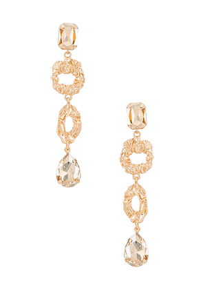 Amber Sceats Embellished Mis-Matched Drop Earring in Metallic Gold.