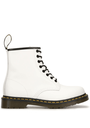 Dr. Martens 1460 smooth boots - White