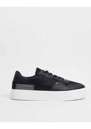 Bershka trainers in black with contrast stitching