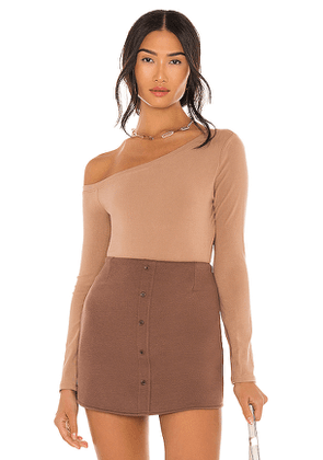 ASTR the Label Off Shoulder Bodysuit in Taupe. Size XS, S, M.