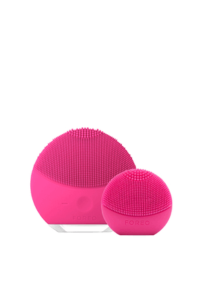 FOREO Here & There Skincare Gift Set