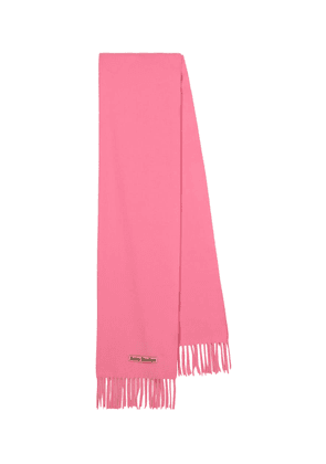 Fringed wool scarf