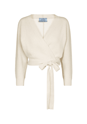 Cropped wool and cashmere cardigan