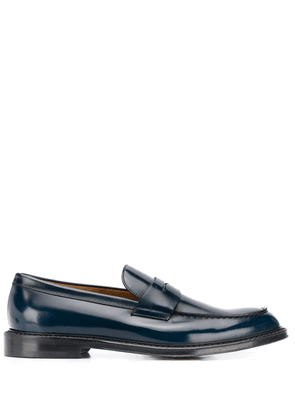 Doucal's polish-effect penny loafers - Blue