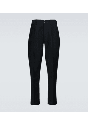 Tapered fit pants