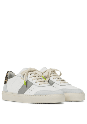 Dunk V2 leather sneakers