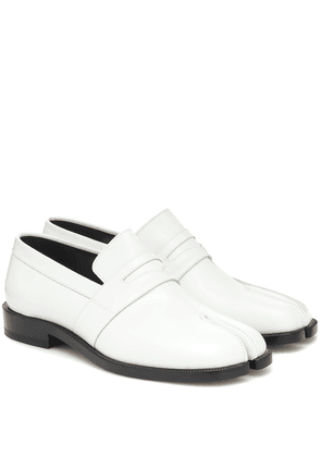 Tabi patent-leather loafers