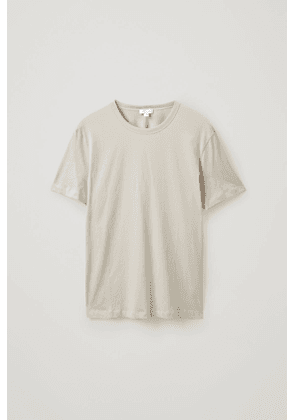 STRAIGHT-FIT T-SHIRT