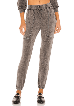Lovers + Friends Brody Lounge Pant in Charcoal. Size M, XS.